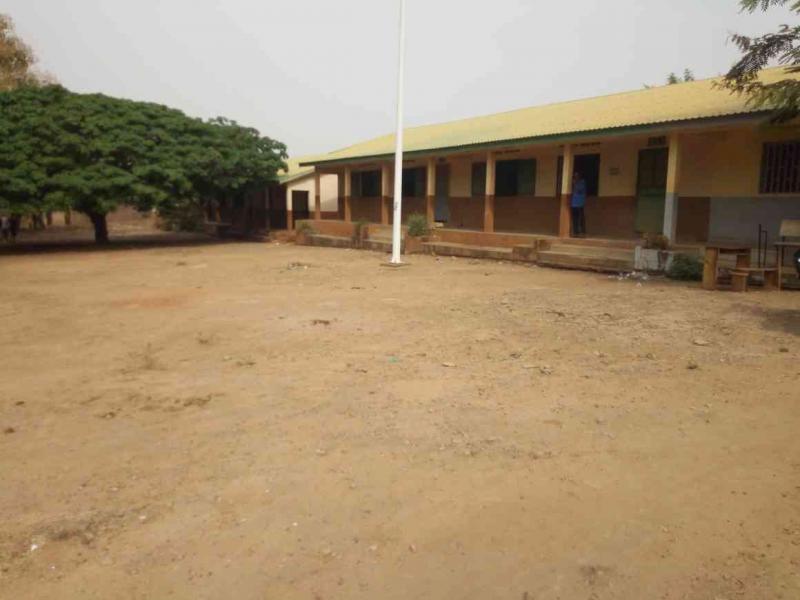 Lycée Elhadj Oumar Tall